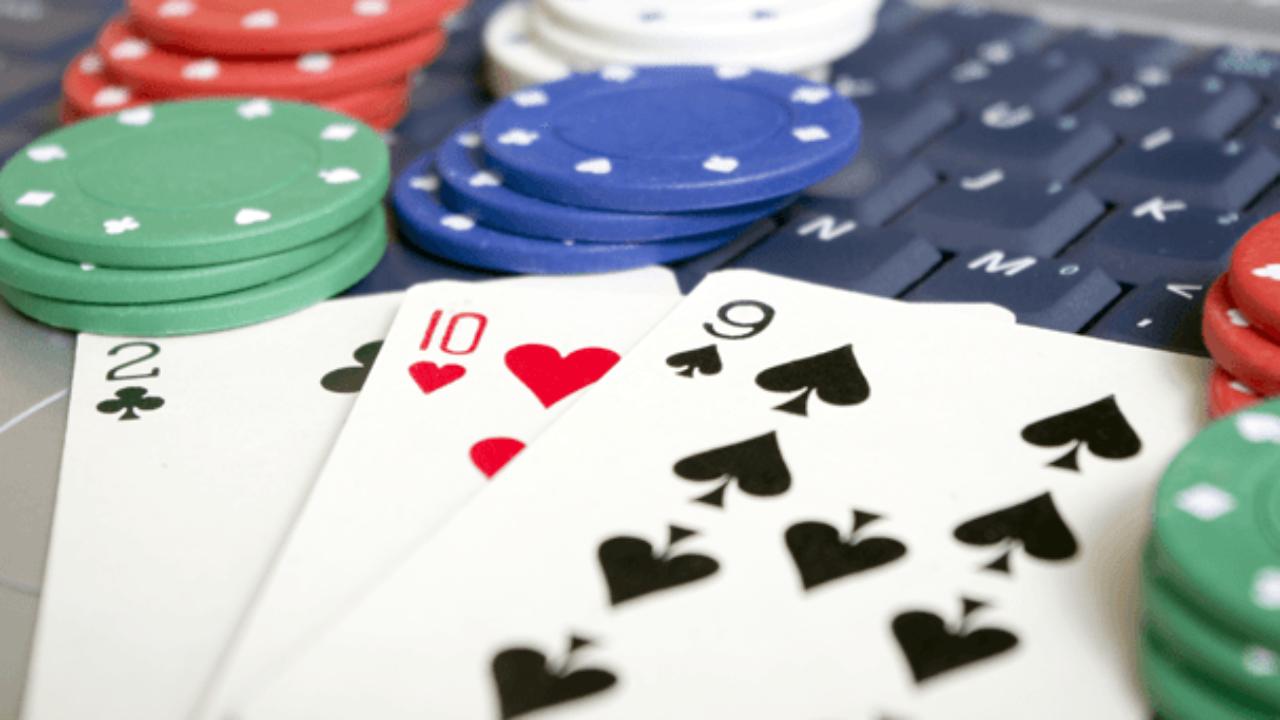 Poker Onile